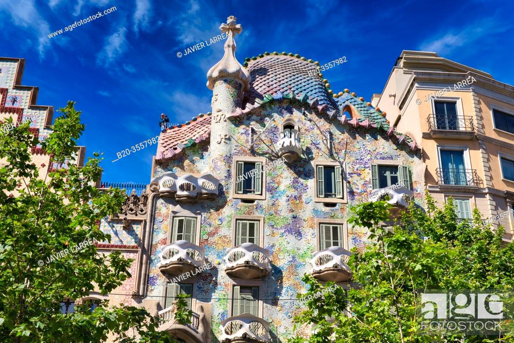 Stock Photo: Casa Batlló by Antoni Gaudí architect 1904-1906. Passeig de Gracia. Barcelona. Catalonia. Spain.