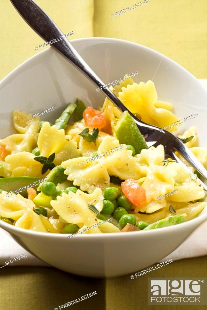 Stock Photo: Farfalle with vegetables.
