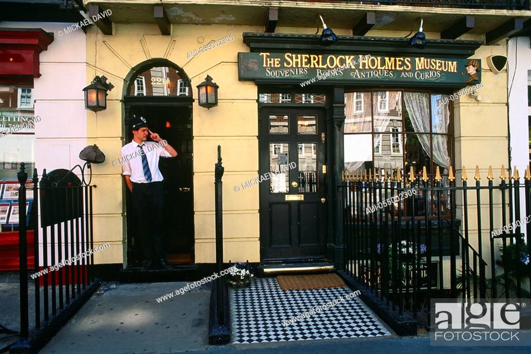 Stock Photo: England - London - Maybelone district - Baker Street - Sherlock Holmes Museum.