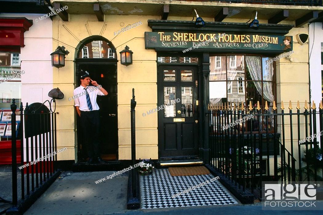 Stock Photo: England - London - Maybelone district - Baker Street - Sherlock Holmes Museum.