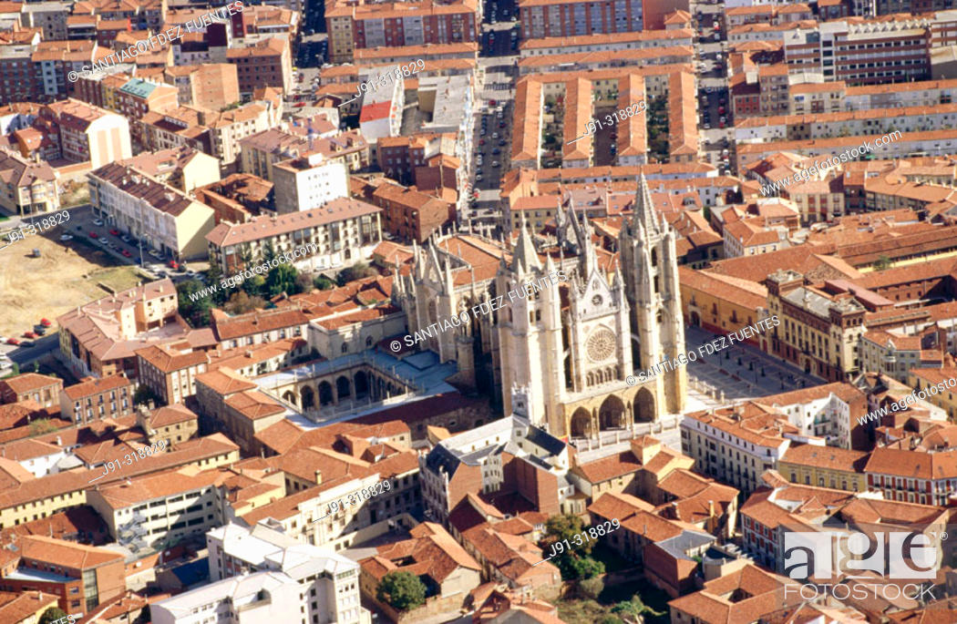 Stock Photo: Gothic cathedral. León. Spain.