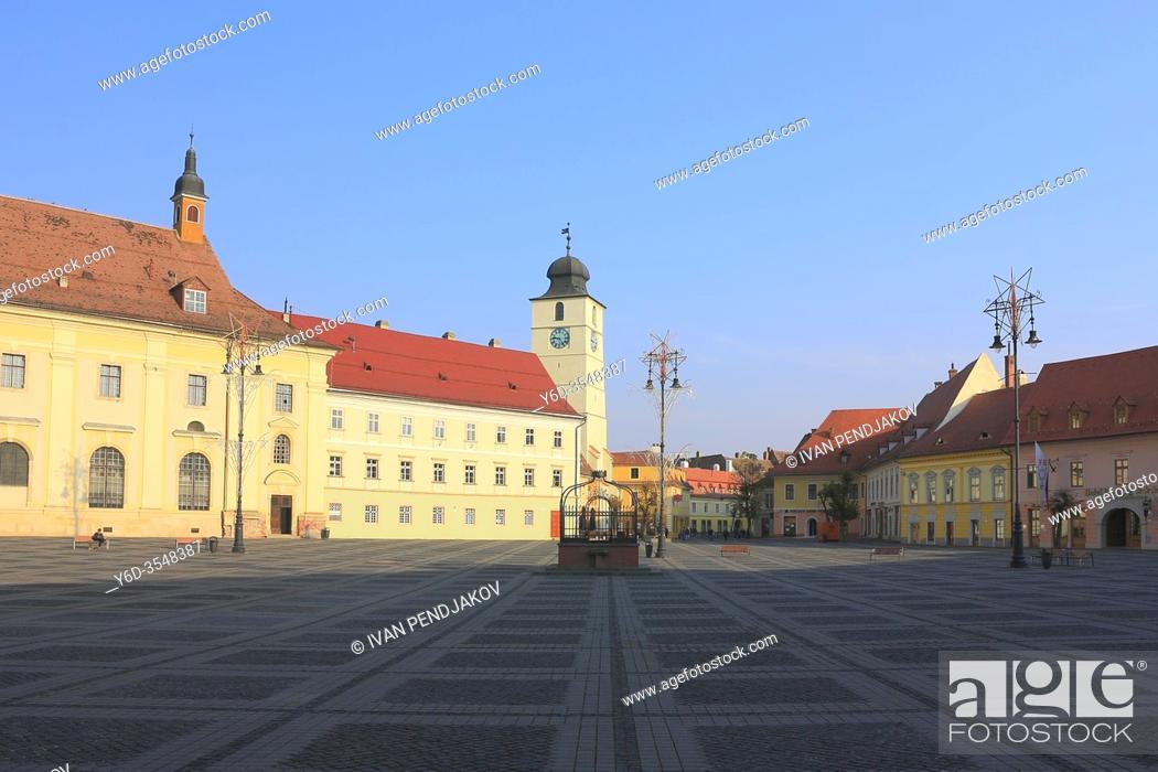 Imagen: Grand Square, Sibiu, Romania.