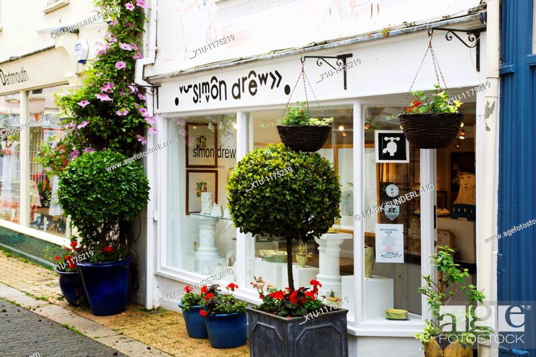 Stock Photo: Simon Drew Gallery on Foss Street Dartmouth Devon England.
