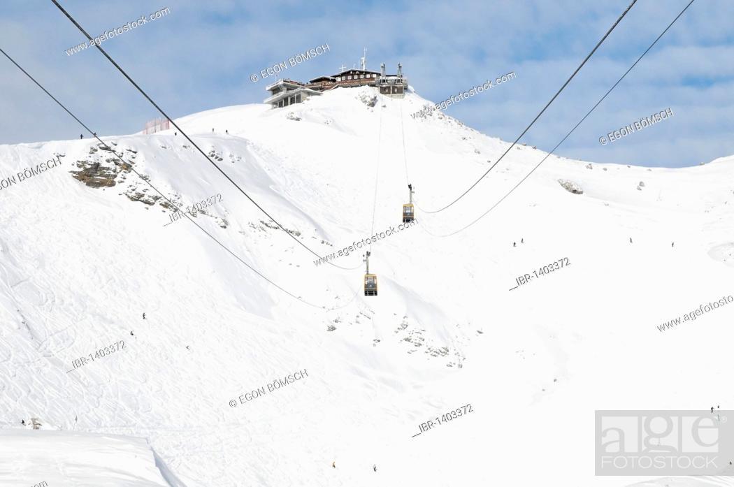 Stock Photo: Cabins of the Nebelhorn Cable Car, Nebelhorn, 2224m, Oberstdorf, Allgaeu, Bavaria, Germany, Europe.