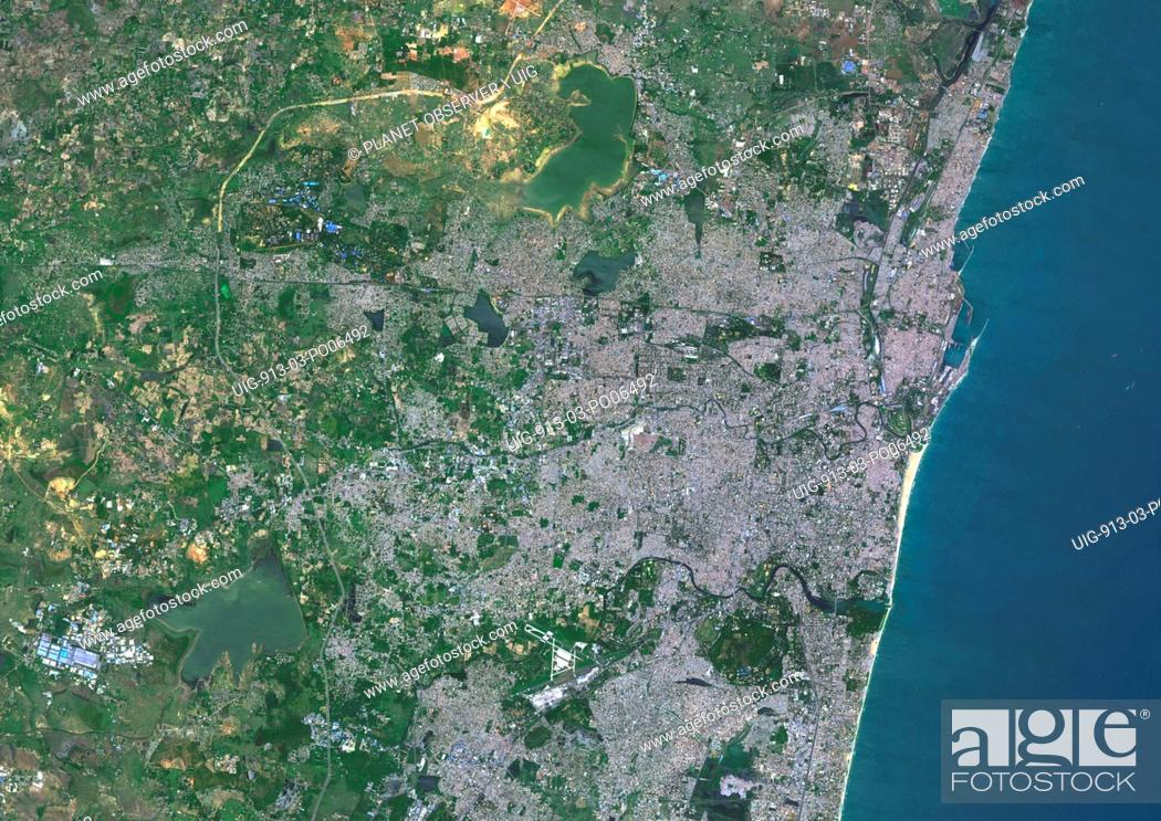 Imagen: Colour satellite image of Chennai, India (called formerly Madras). Image taken on September 9, 2014 with Landsat 8 data.