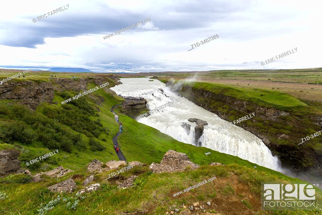 Imagen: view of Gullfoss Waterfall. Iceland.