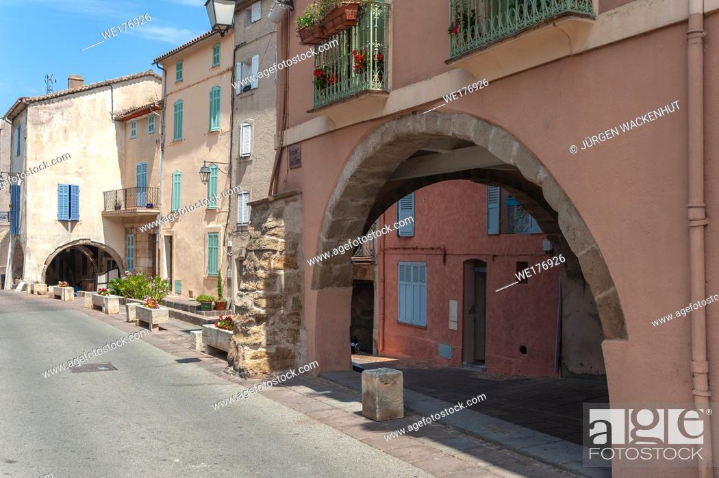 Stock Photo: Arcades in the historic old town, Roquebrune-sur-Argens, Var, Provence-Alpes-Cote d`Azur, France, Europe.