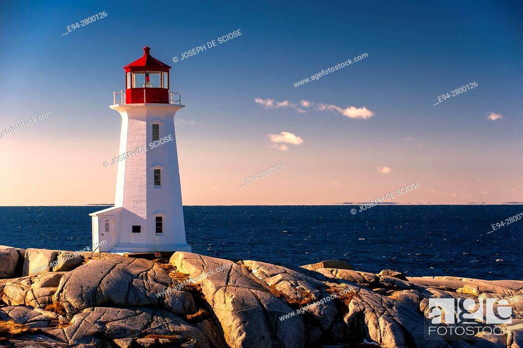 Stock Photo: Peggy's Point Lighthouse, Nova Scotia, Canada.