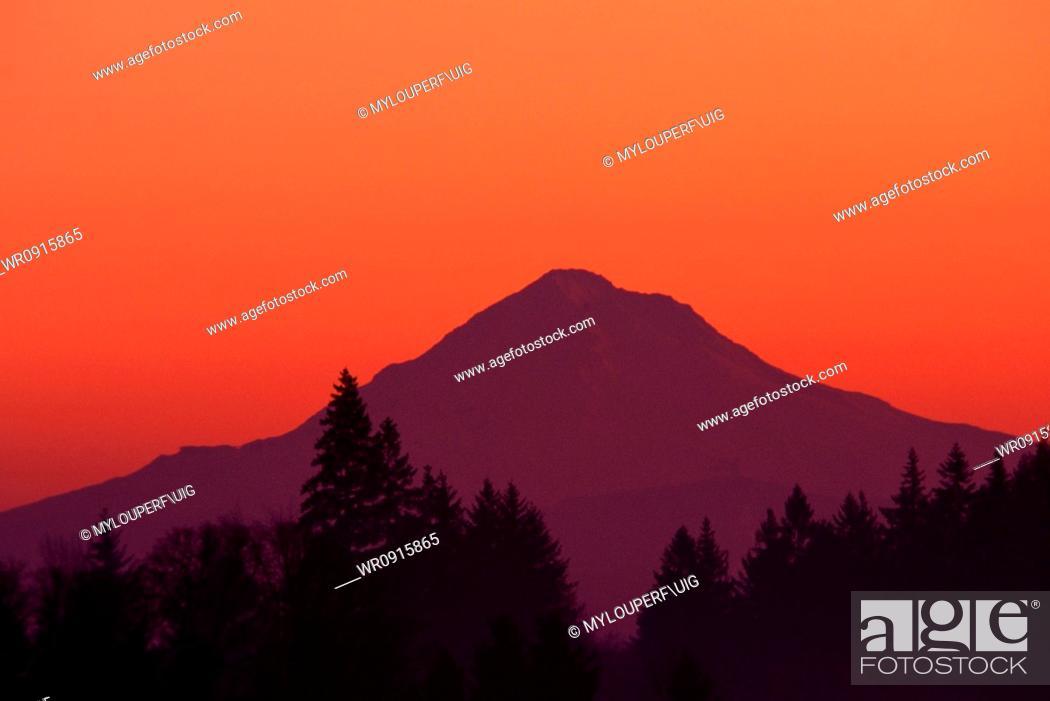 Stock Photo: Mount Hood at sunrise Cascade Mount.