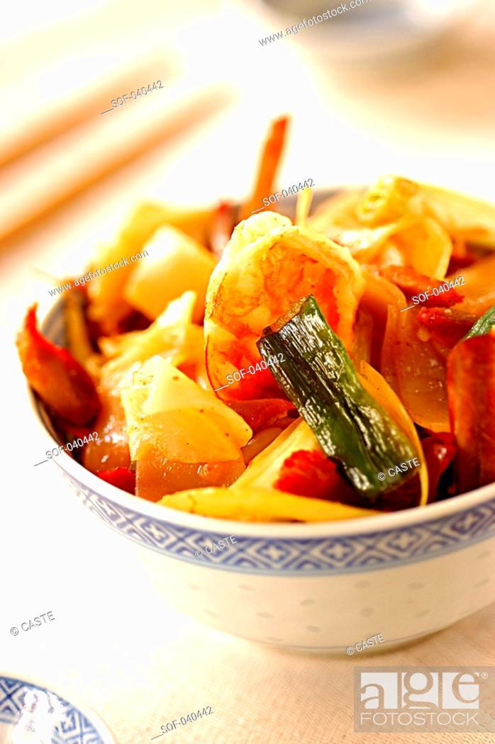 Stock Photo: sauteed Chinese rice pasta.