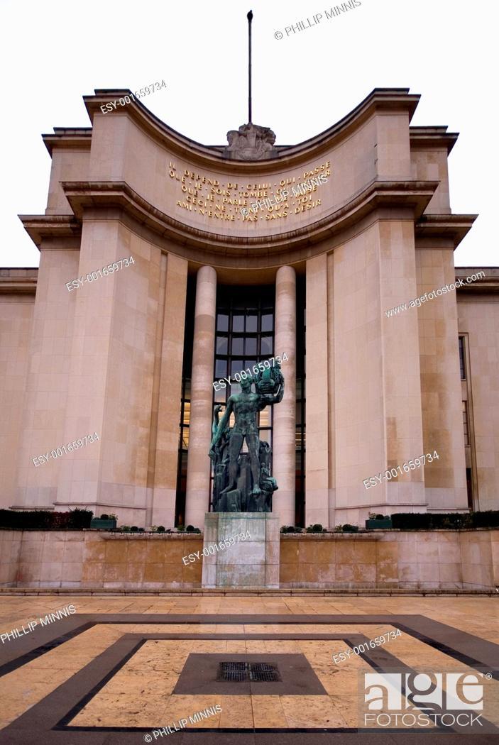 Stock Photo: Palais de Chaillot.