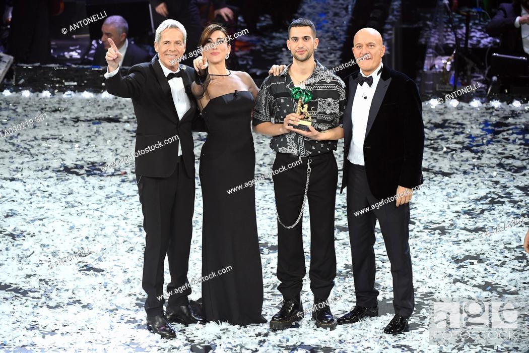 Imagen: Mahmood, winner of 69th Festival of the Italian Song. Mahmood with Claudio Baglioni, Virginia Raffaele, Claudio Bisio. Sanremo, Italy 10 Febr 2019.