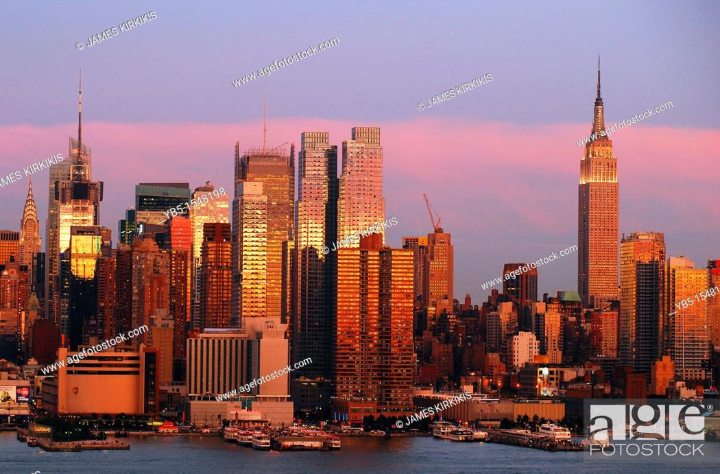 Stock Photo: Manhattan at Twilight.