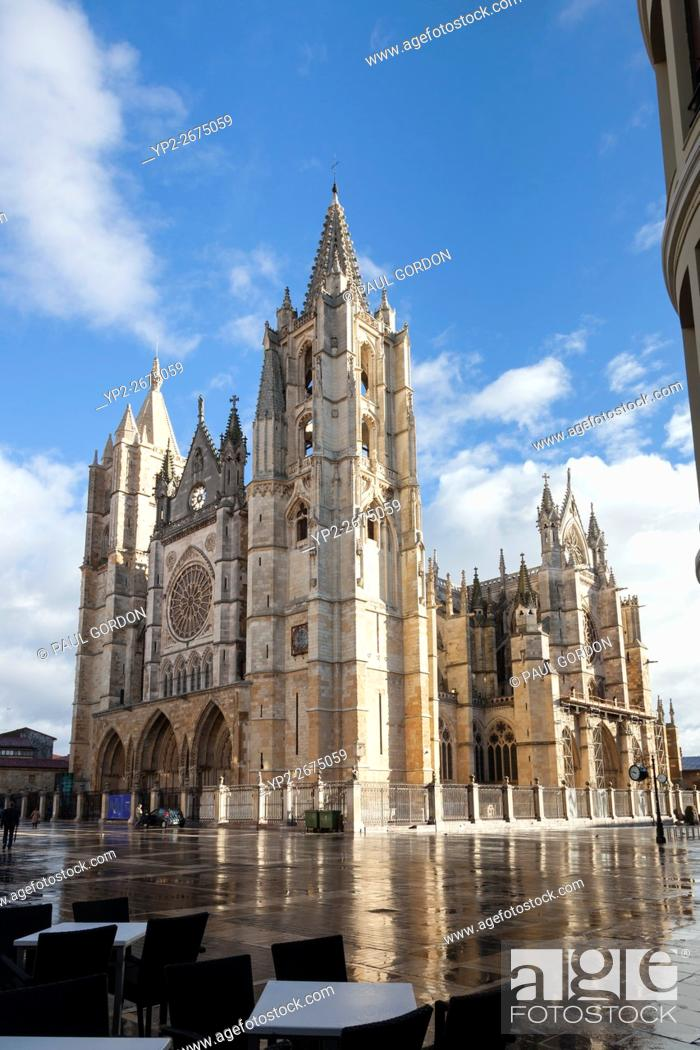 Stock Photo: León, Spain: Santa María de León Cathedral after a rainstorm.