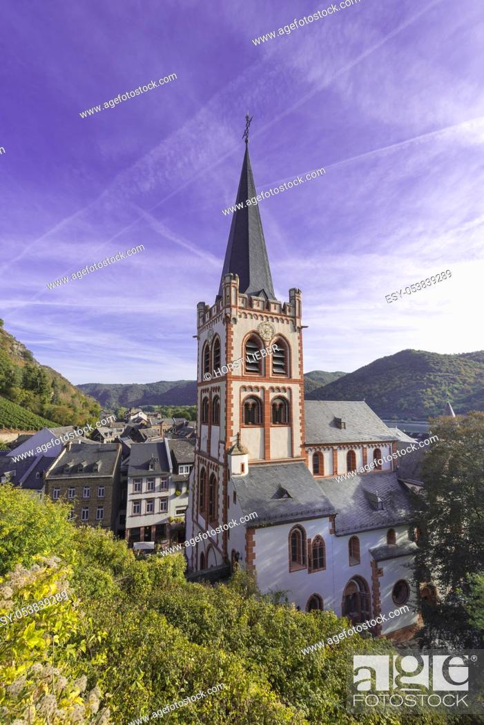 Stock Photo: View of the St. Peterâ. . s Church in the old town of Bacharch. Rhine Valley, Rhineland-Palatinate, Germany, Europe.