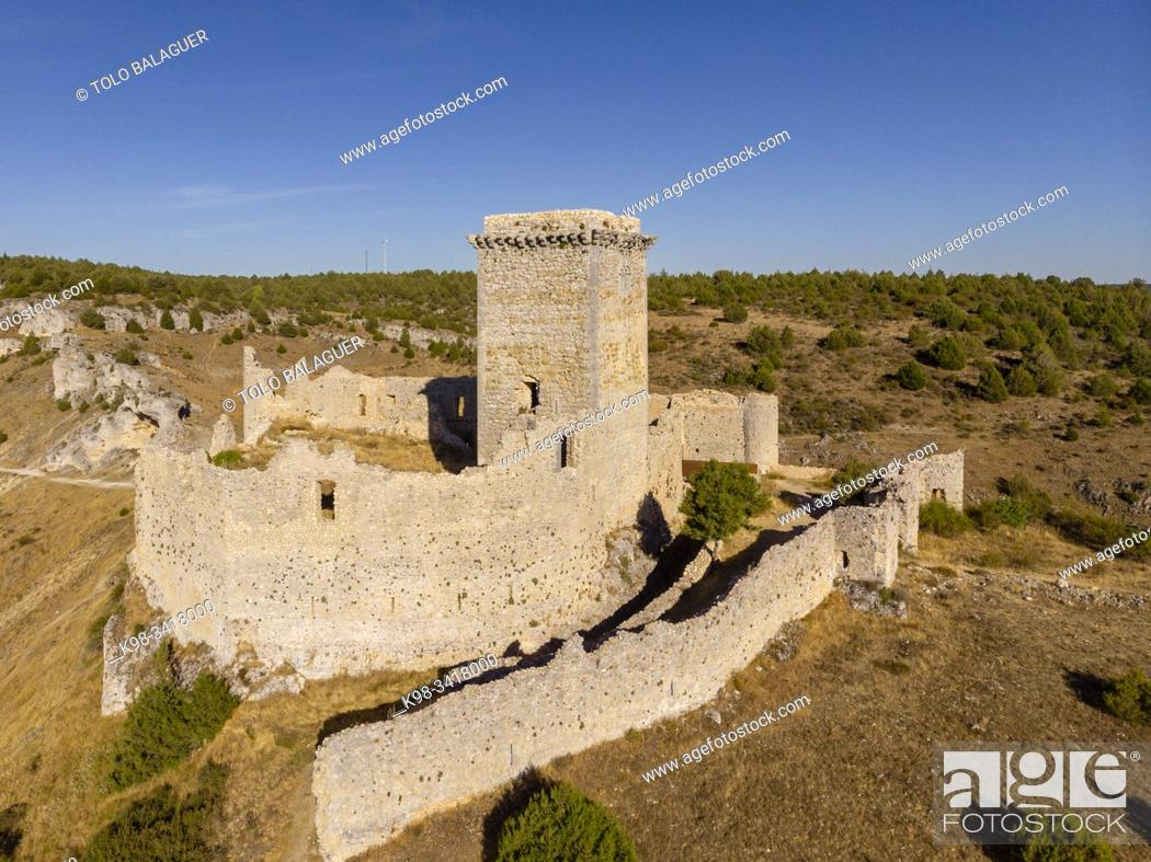 Imagen: Ucero Castle, belonged to the order of the Temple, XIII and XIV centuries, Soria, Autonomous Community of Castile-Leon, Spain, Europe.
