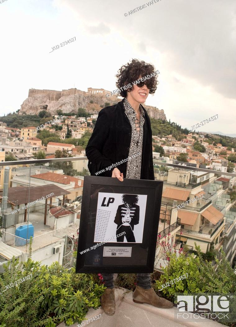 Imagen: Laura Pergolizzi (LP) gives a press conference in Athens Greece. Laura will give a concert on Friday 23/9.