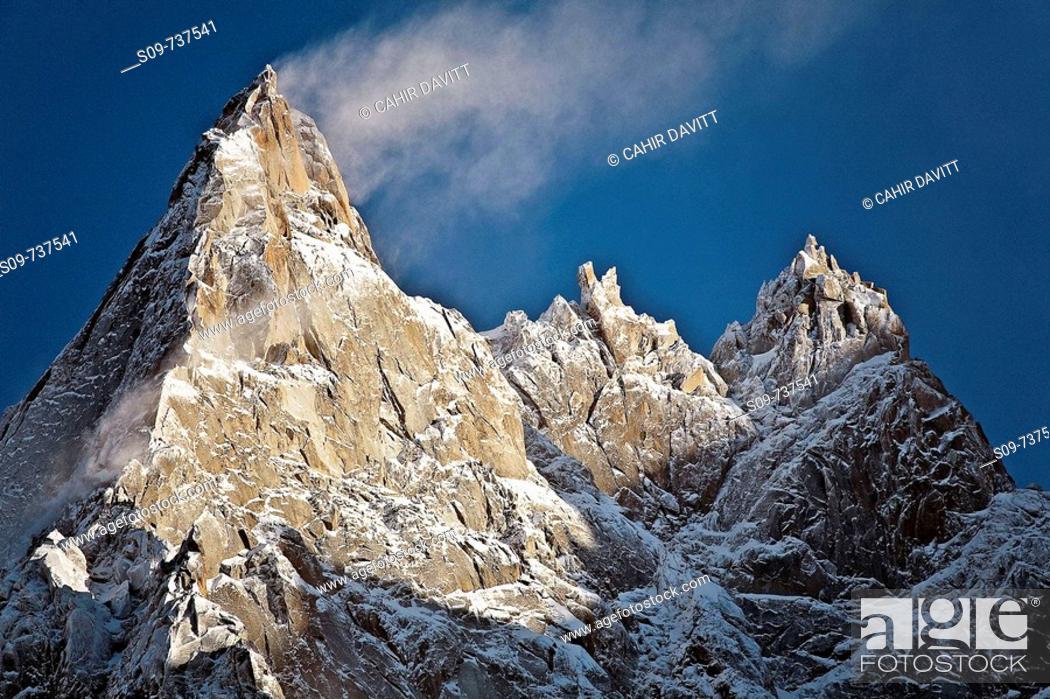 Stock Photo: The peaks of Aiguille du Midi, Chamonix-Mont-Blanc, Rhone-Alpes, France.