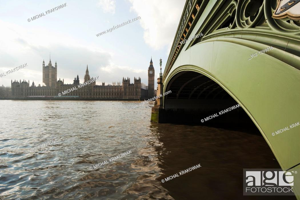 Stock Photo: Palace of Westminster and close-up of Westminster Bridge.