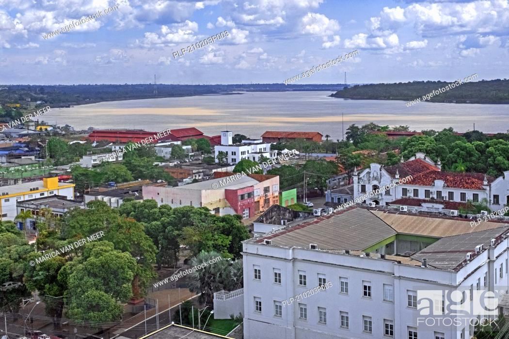 Imagen: Aerial view over the city Porto Velho on the eastern shore of the Madeira River, Rondônia in the upper Amazon River basin, Brazil.