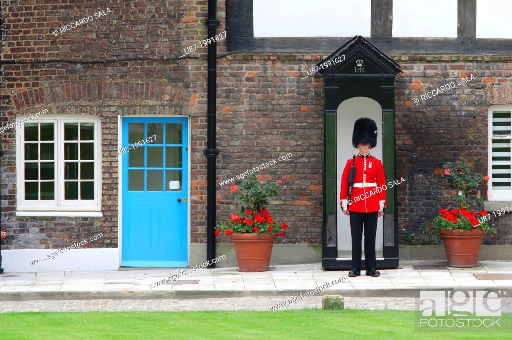 Stock Photo: England, London, The Tower of London.