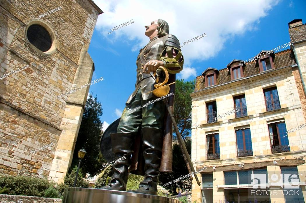 Stock Photo: France, Aquitaine province, Departement of Dordogne 24, Bergerac   Statue of Cyrano de Bergerac who carries the name of this famous city of Dordogne  This hero.