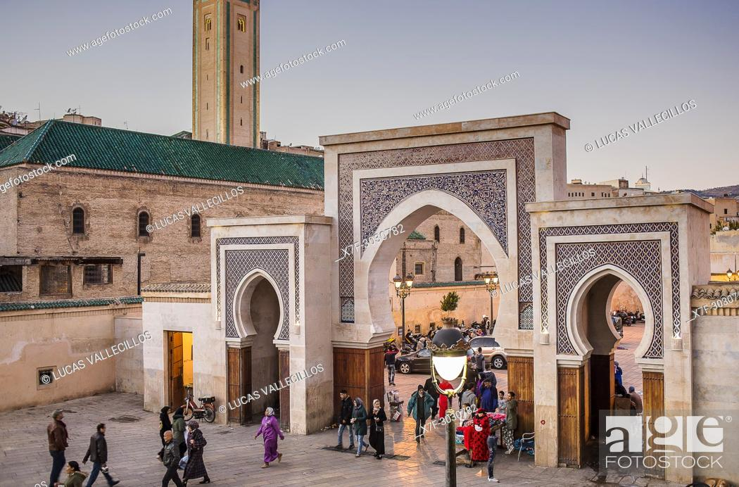 Stock Photo: Bab R'Cif gate and Mosque R'Cif, in R'Cif Square, gateway to andalusian quarter, medina, Fez, Morocco.