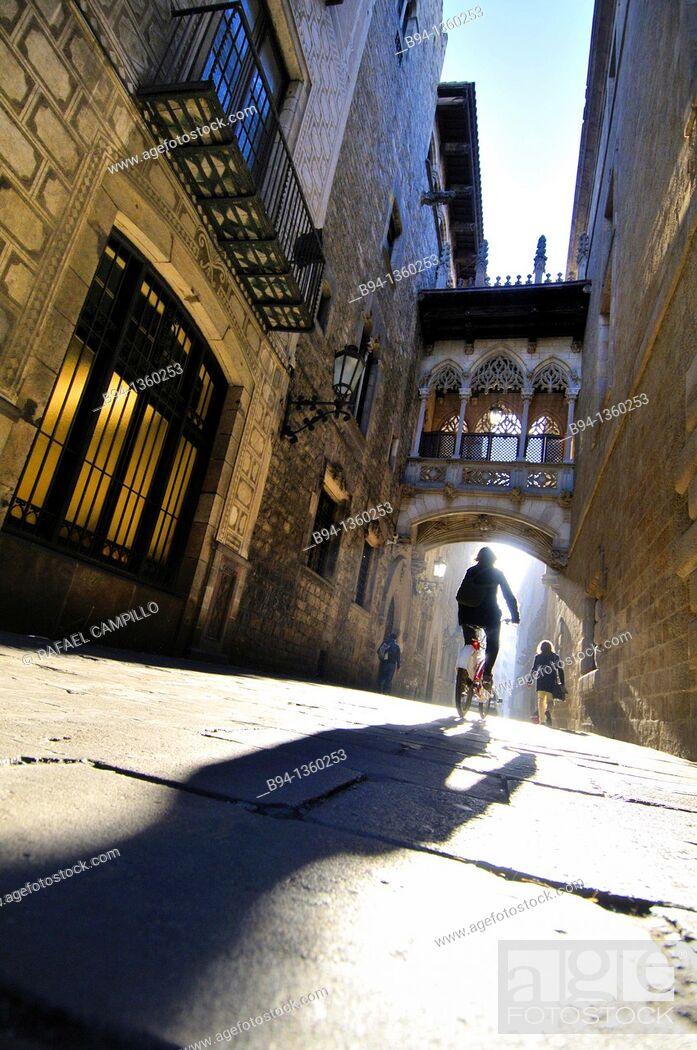 Stock Photo: Obispo Irurita street(Carrer del bisbe). Gothic quarter, Barcelona, Catalonia, Spain.
