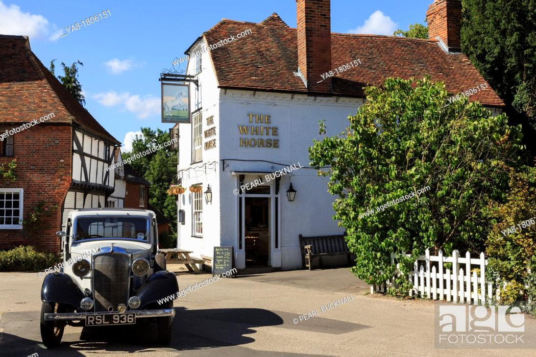 Stock Photo: Chilham, Kent, England, UK, Britain, Europe  Vintage car by the White Horse pub in the historic and picturesque village square.