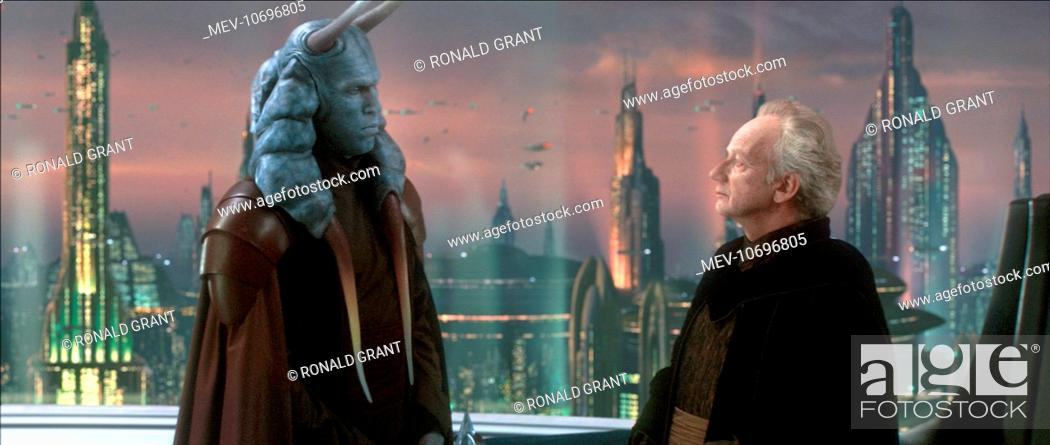 Stock Photo: STAR WARS: EPISODE II - ATTACK OF THE CLONES IAN MCDIARMID.