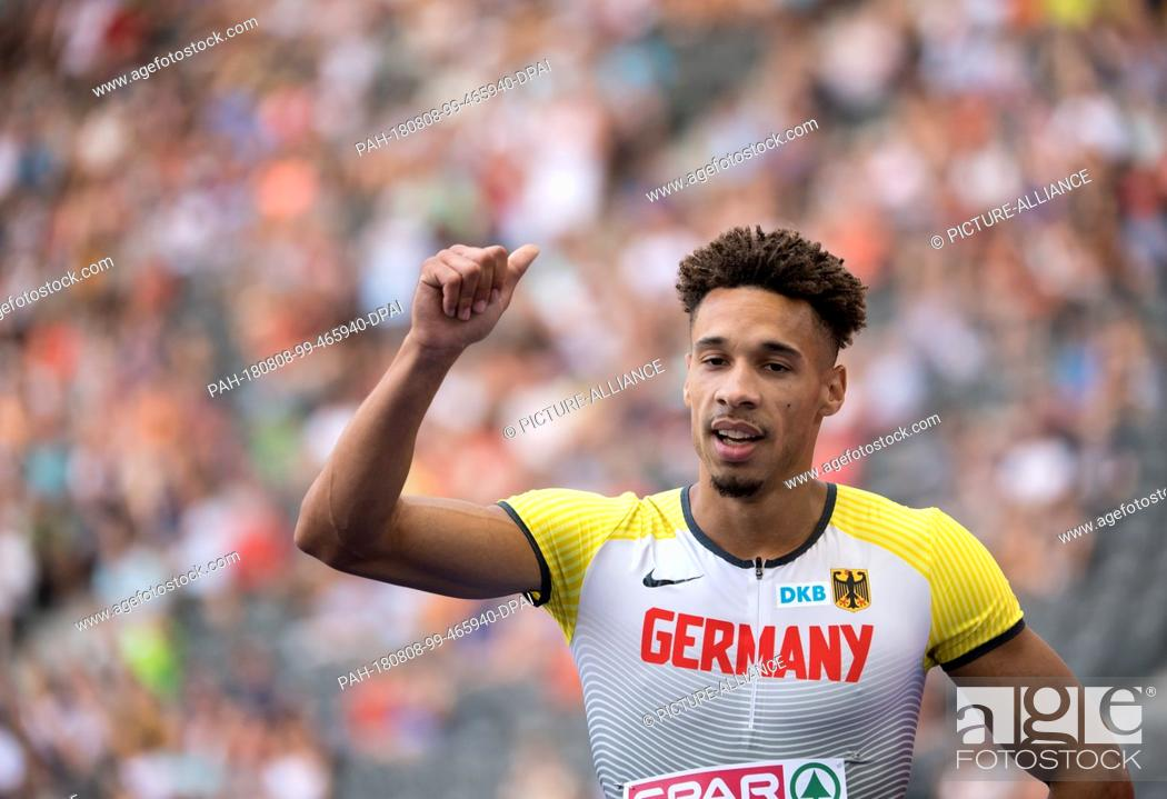 Stock Photo: 08.08.2018, Berlin: Track and Field: European Championships in the Olympic Stadium: 200m, preliminary round, Men: Steven Müller from Germany in action.
