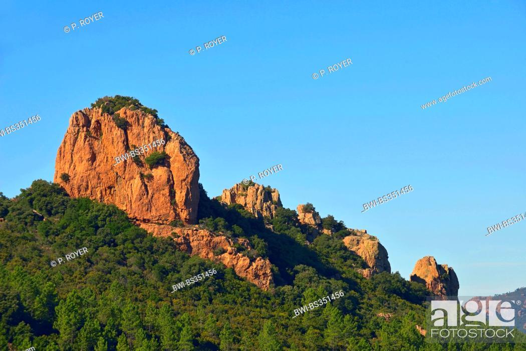 Stock Photo: Esterel coast and the rock called Dent de l'Ours, France, Saint Raphael.