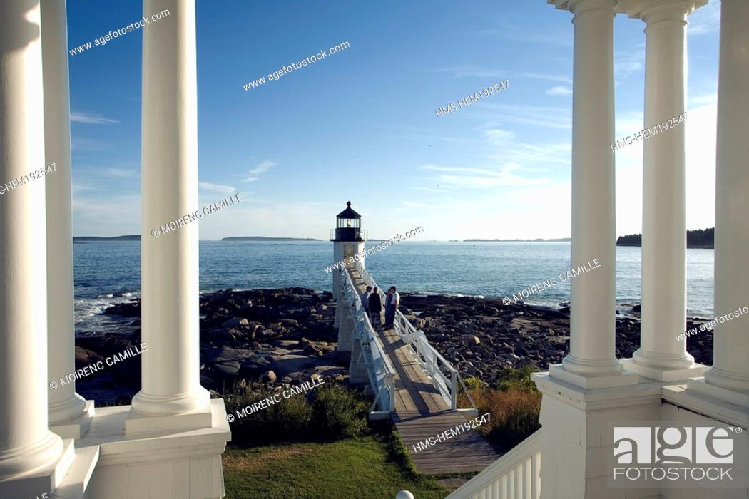 Stock Photo: United States, Maine, Port Clyde, Marshall Point Lighthouse.