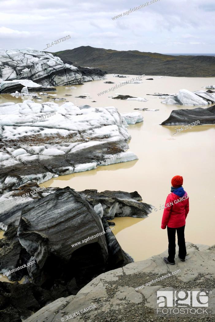 Stock Photo: Iceland, Sudurland region, Vatnajokull National Park, Svinafellsjokull glacier (Svínafellsjökull), Model Released.