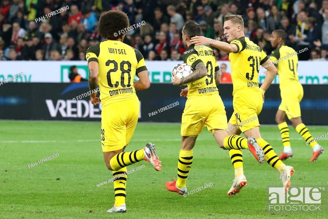 Stock Photo: Leverkusen, Germany 29th September 2018: 1.BL - 18/19 - Bayer Leverkusen vs. Germany. Bor. Dortmund Jacob Bruun Larsen (Dortmund) celebrates after his goal to.