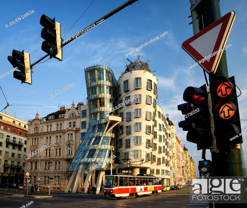 Stock Photo: Czech Republic, Prague, historic centre listed as World Heritage by UNESCO, Nove Mesto (the New Town), Nationale Nederlanden building nicknamed the dancing.