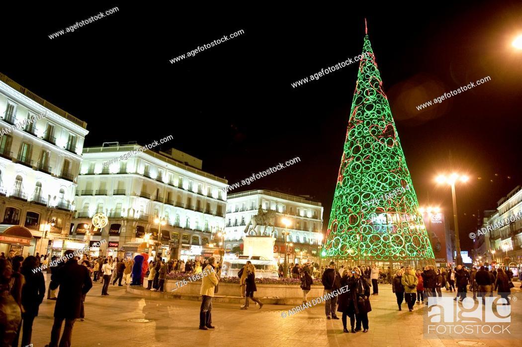 Stock Photo: Christmas lights in centrum city of Madrid, Spain.