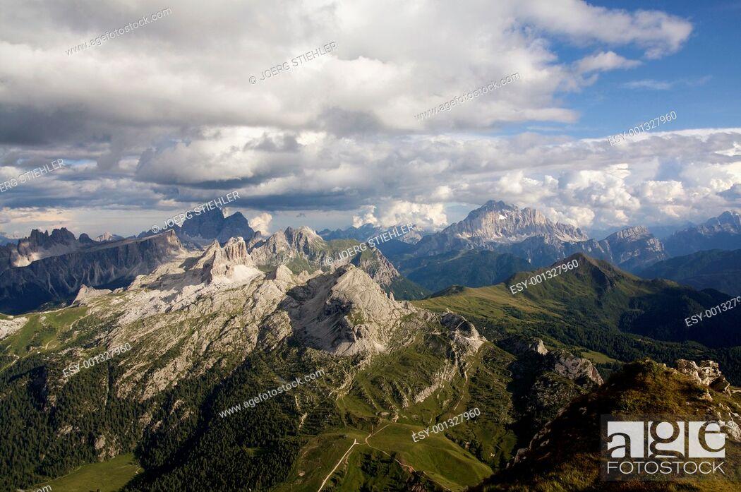 Stock Photo: View to Mount Tofana de Rozes, Dolomites, Italy, Alta Via Dolomiti.