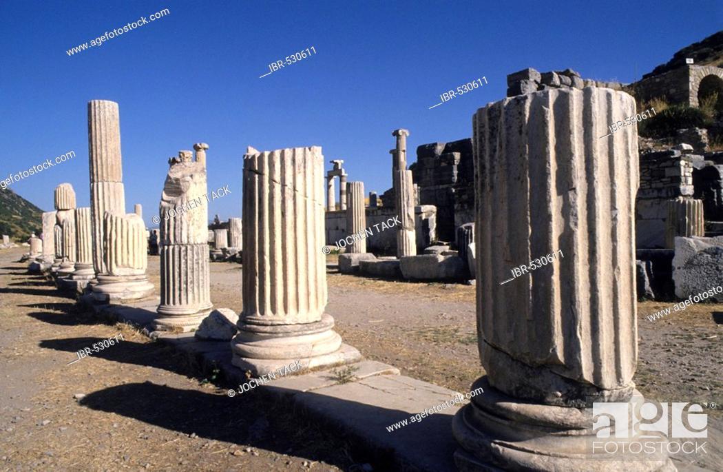 Stock Photo: TUR, Turkey, Ephesus : Ancient city of Ephesus.  .