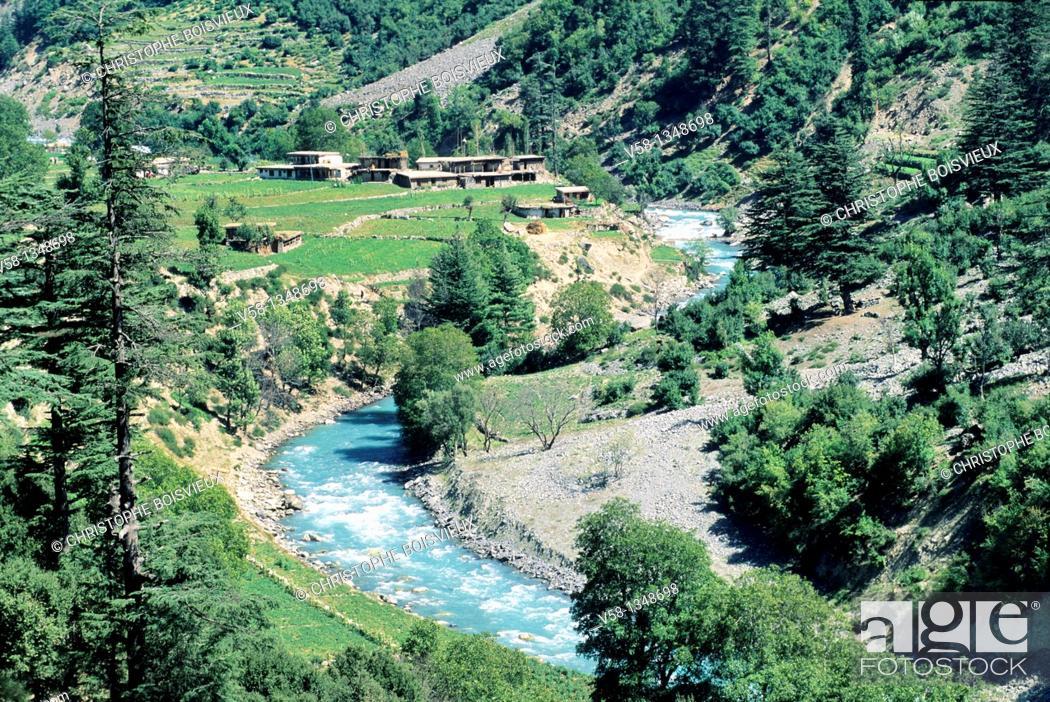 Stock Photo: Pakistan, Swat valley, Bahrain region, Swat river.