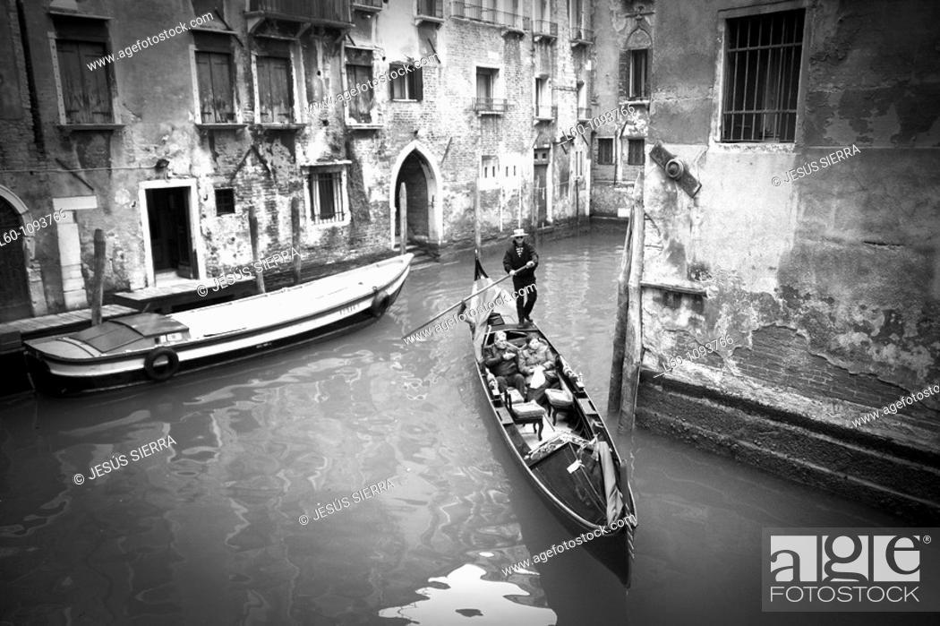 Stock Photo: Gondola in Venice, Veneto, Italy.