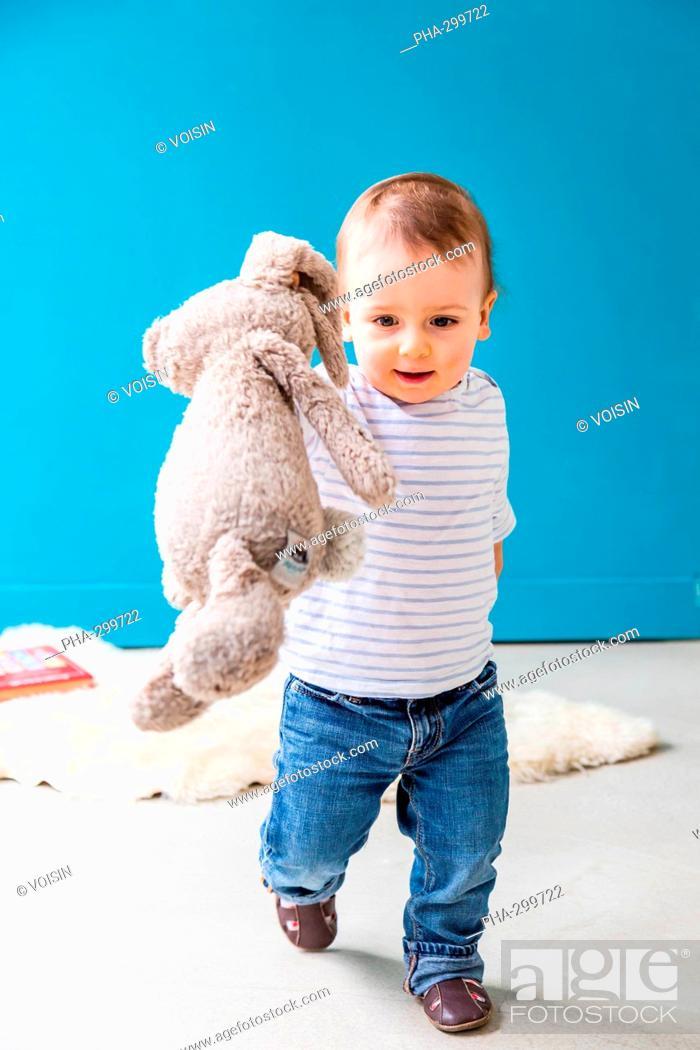 Imagen: 18 month-old baby boy.
