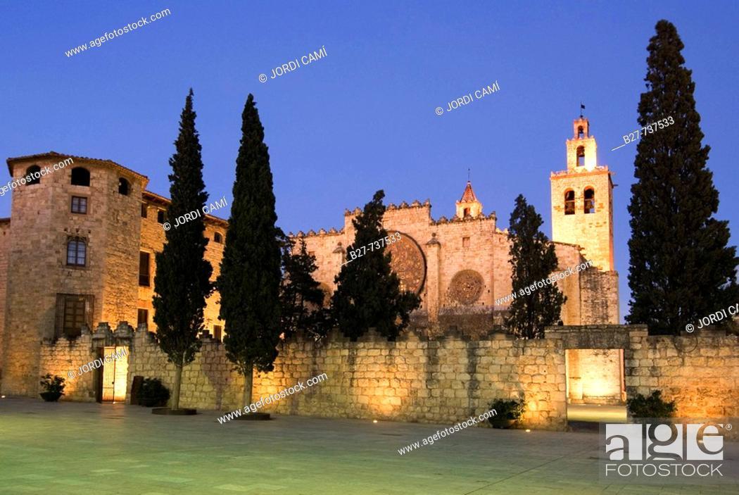 Stock Photo: Monastery, Sant Cugat del Valles. Barcelona province, Catalonia, Spain.
