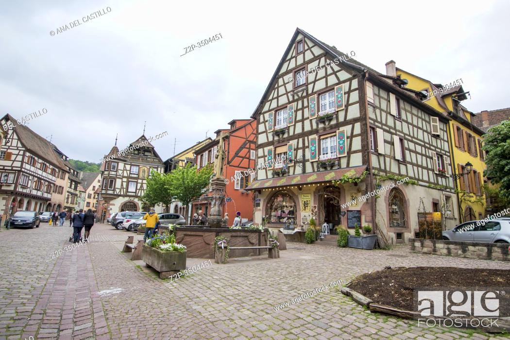 Stock Photo: Kaysersberg, Alsace on May 13, 2016. :The famous idyllic Wine Village of Kaysersberg in Alsace near Colmar, France.