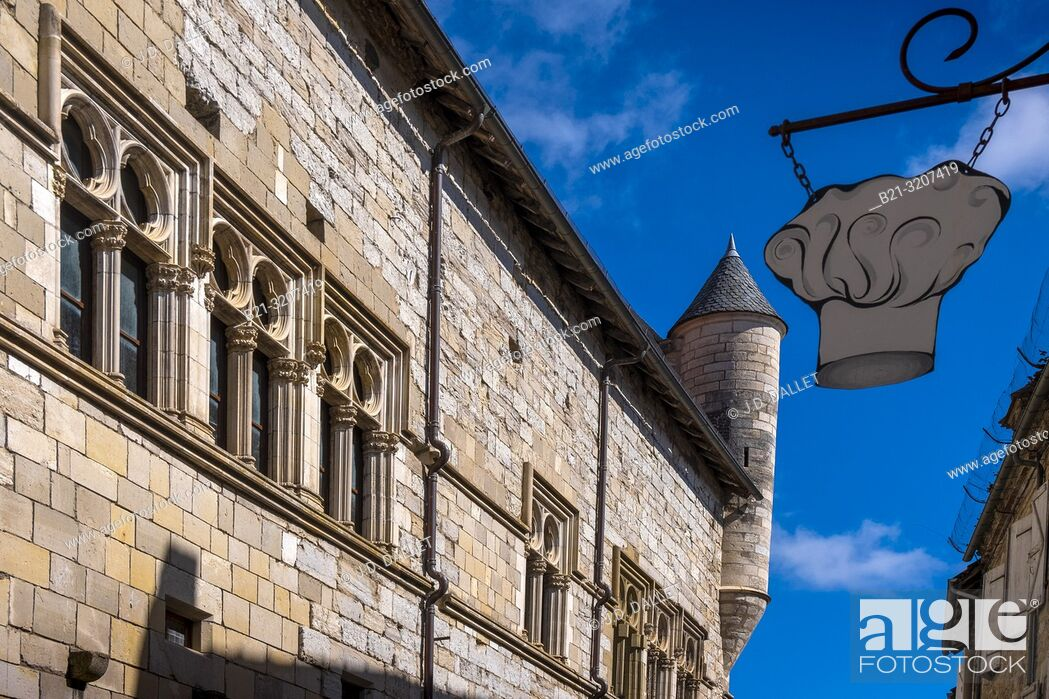 Stock Photo: France, Occitanie, Lot, at the medieval town of Martel.