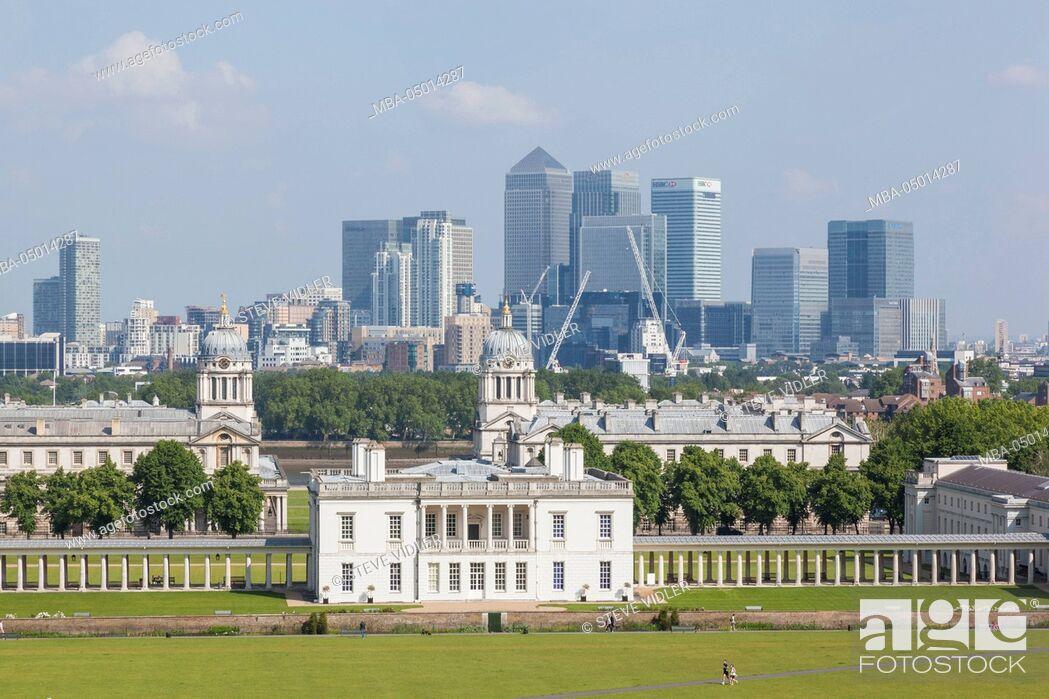 Imagen: England, London, Greenwich, Greenwich Park and Docklands Skyline.