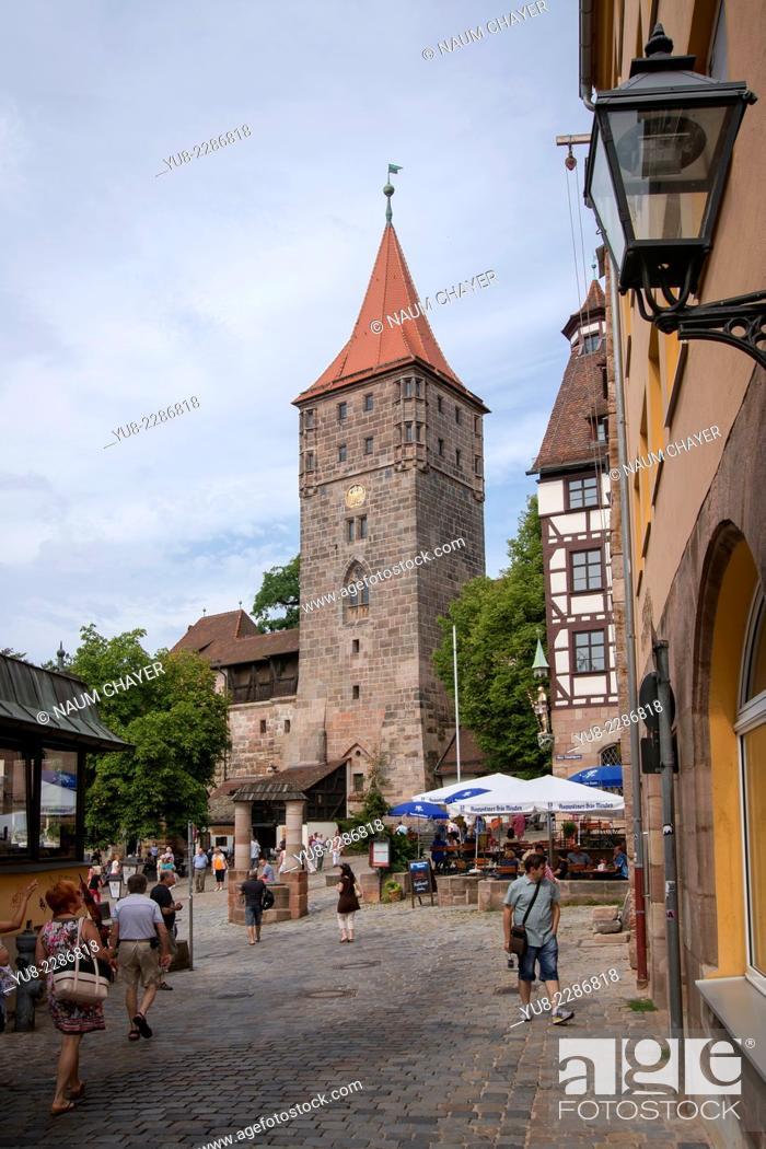 Stock Photo: Nuremberg castle courtyard with Heidenturm Heathen Tower, Nürnberg, state of Bavaria, Middle Franconia, Germany, Europe.