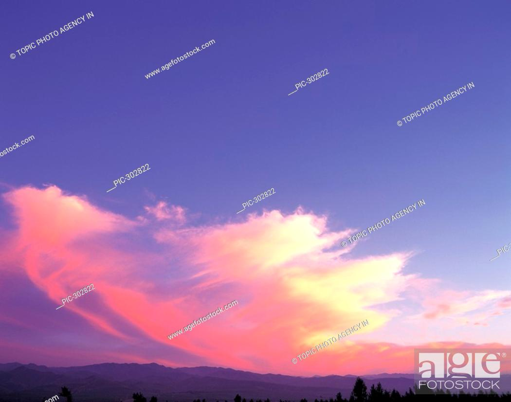 Stock Photo: Glow In The Sky.