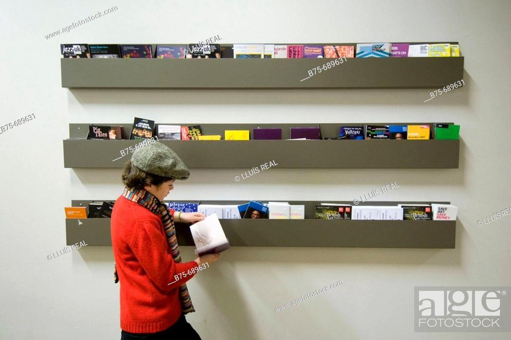 Stock Photo: Tate Modern, London, U.K.