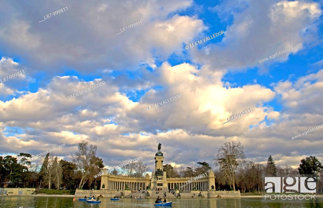 Stock Photo: Monument to King Alfonso XII  Parque del Retiro  Madrid  Spain.